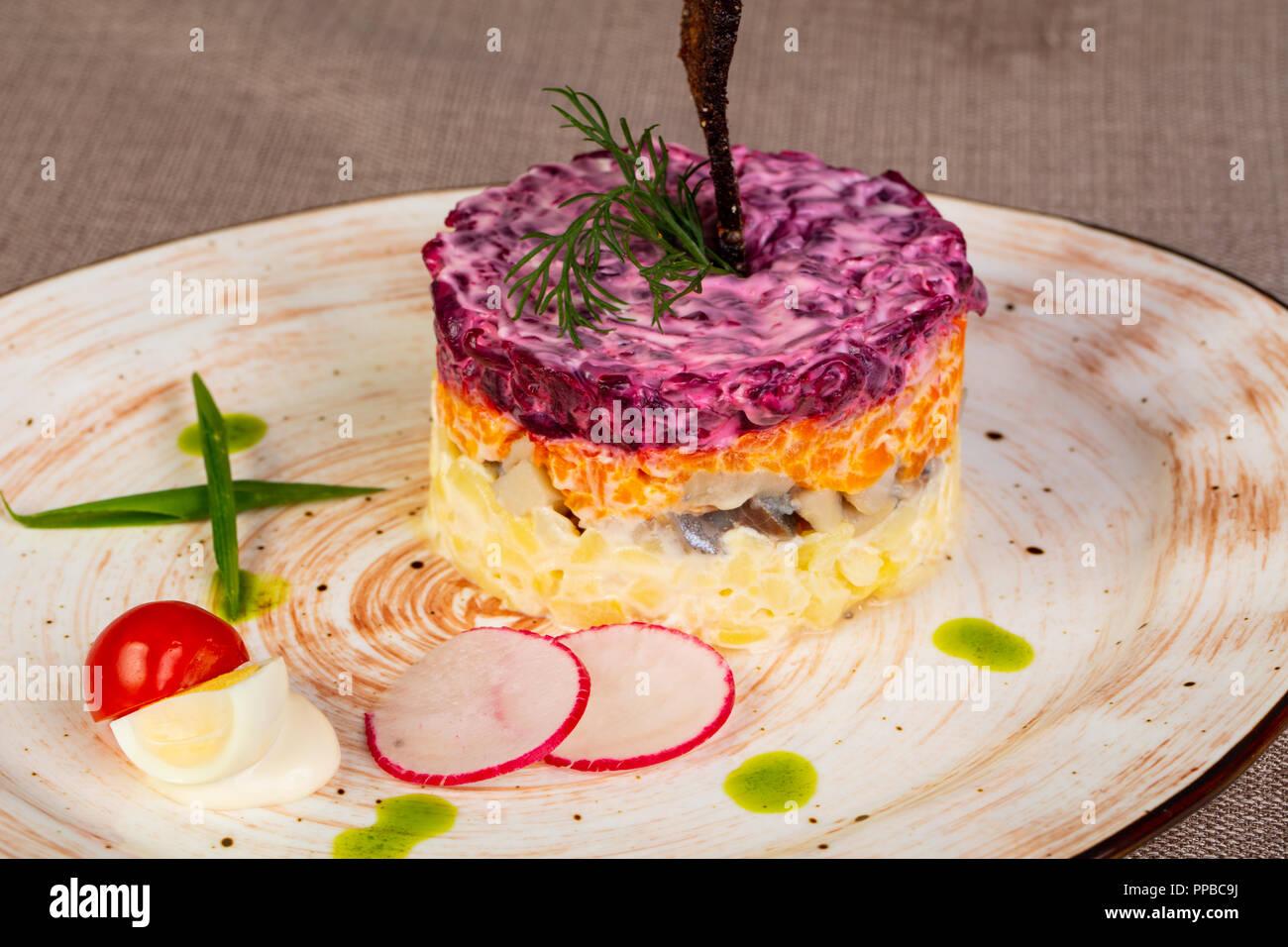 Russische Heringssalat Mit Roter Bete Stockfoto Bild 220297998 Alamy