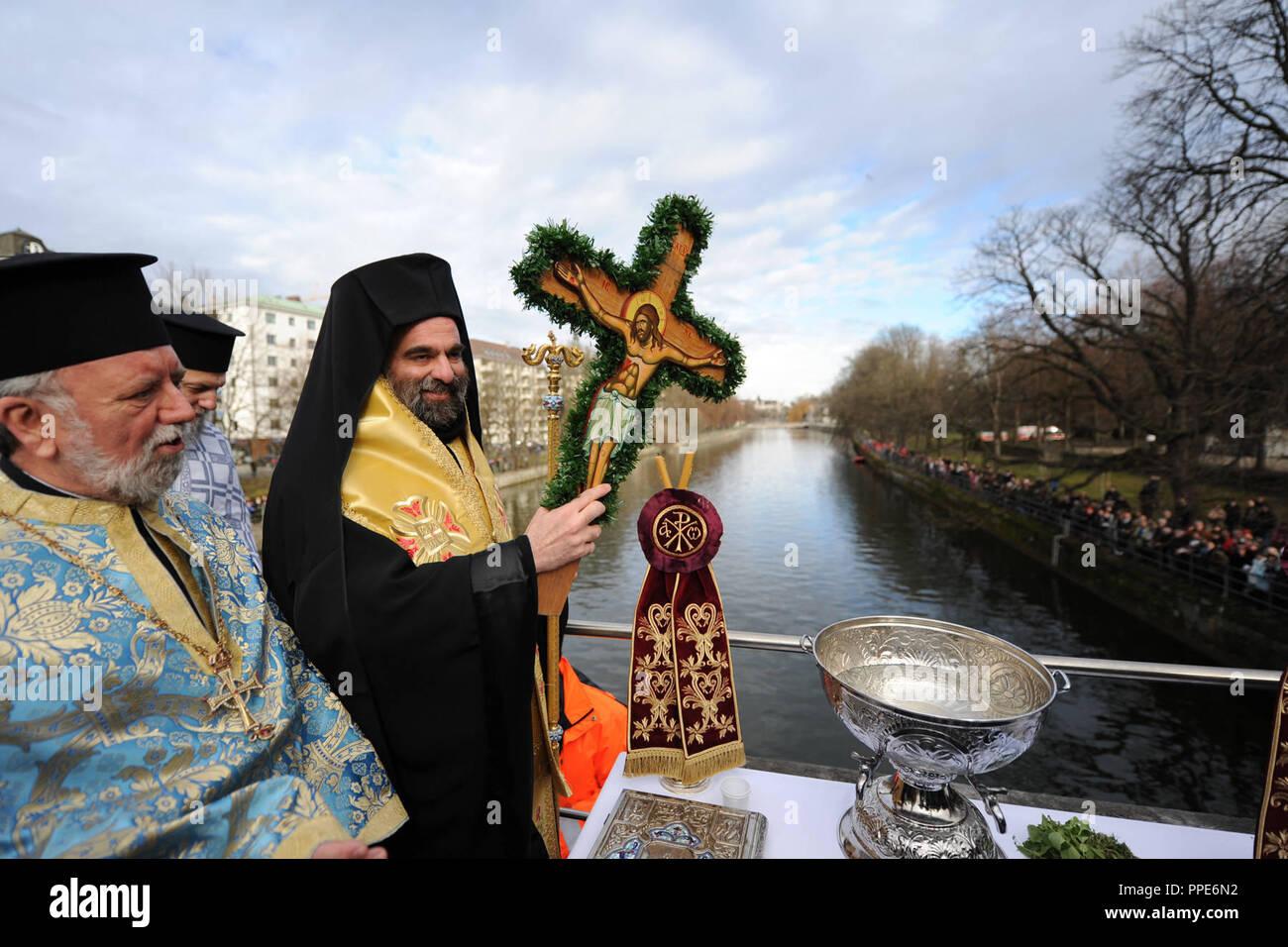 Die Griechisch Orthodoxe Kirche Feiert Die Taufe Christi In