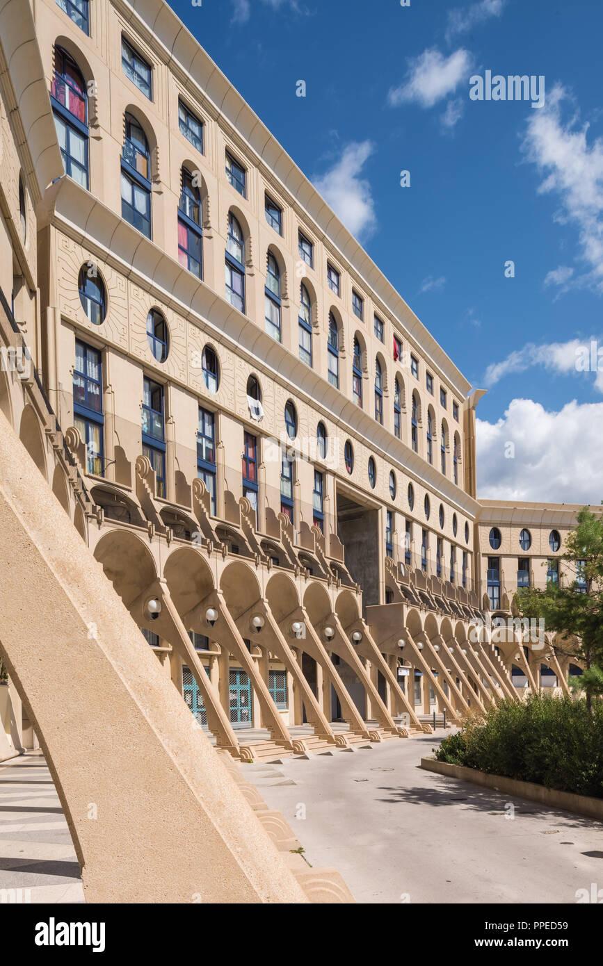Paris, Noisy-le-Grand Mont d'Est, Pave-Neuf, Les Arenes de Picasso, Architekt Manuel Nunez Yanowsky Stockbild