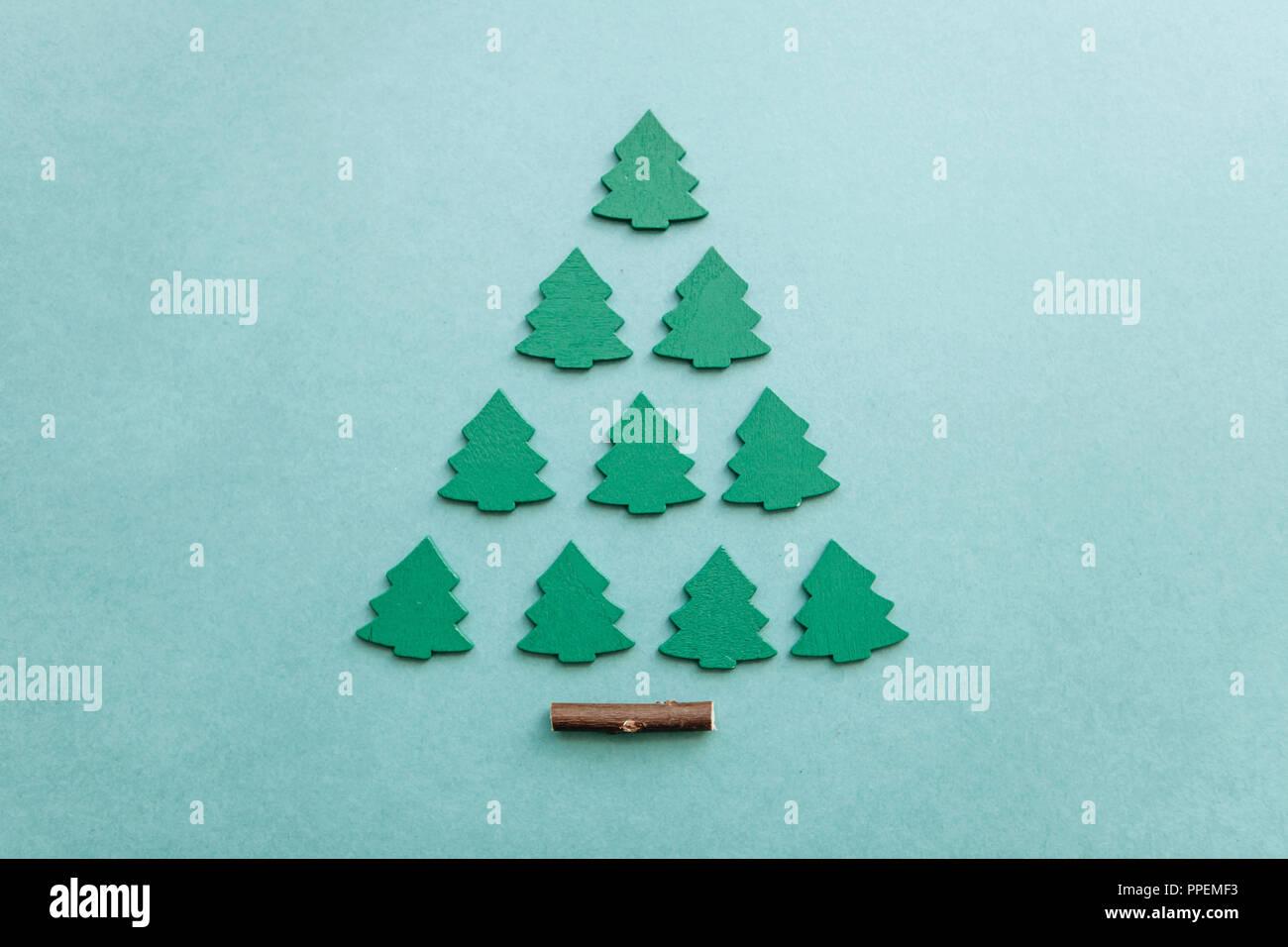 Kreative idee im minimalistischen stil für weihnachten oder neujahr