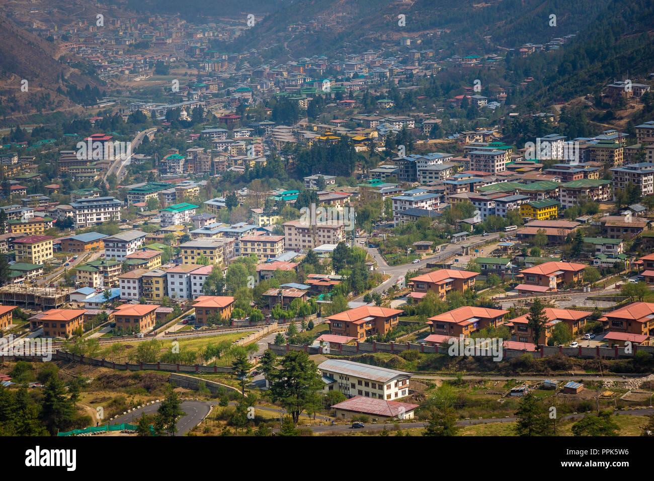 Eine Luftaufnahme Von Thimpu Die Hauptstadt Der Himalaja Konigreich Bhutan Stockfotografie Alamy