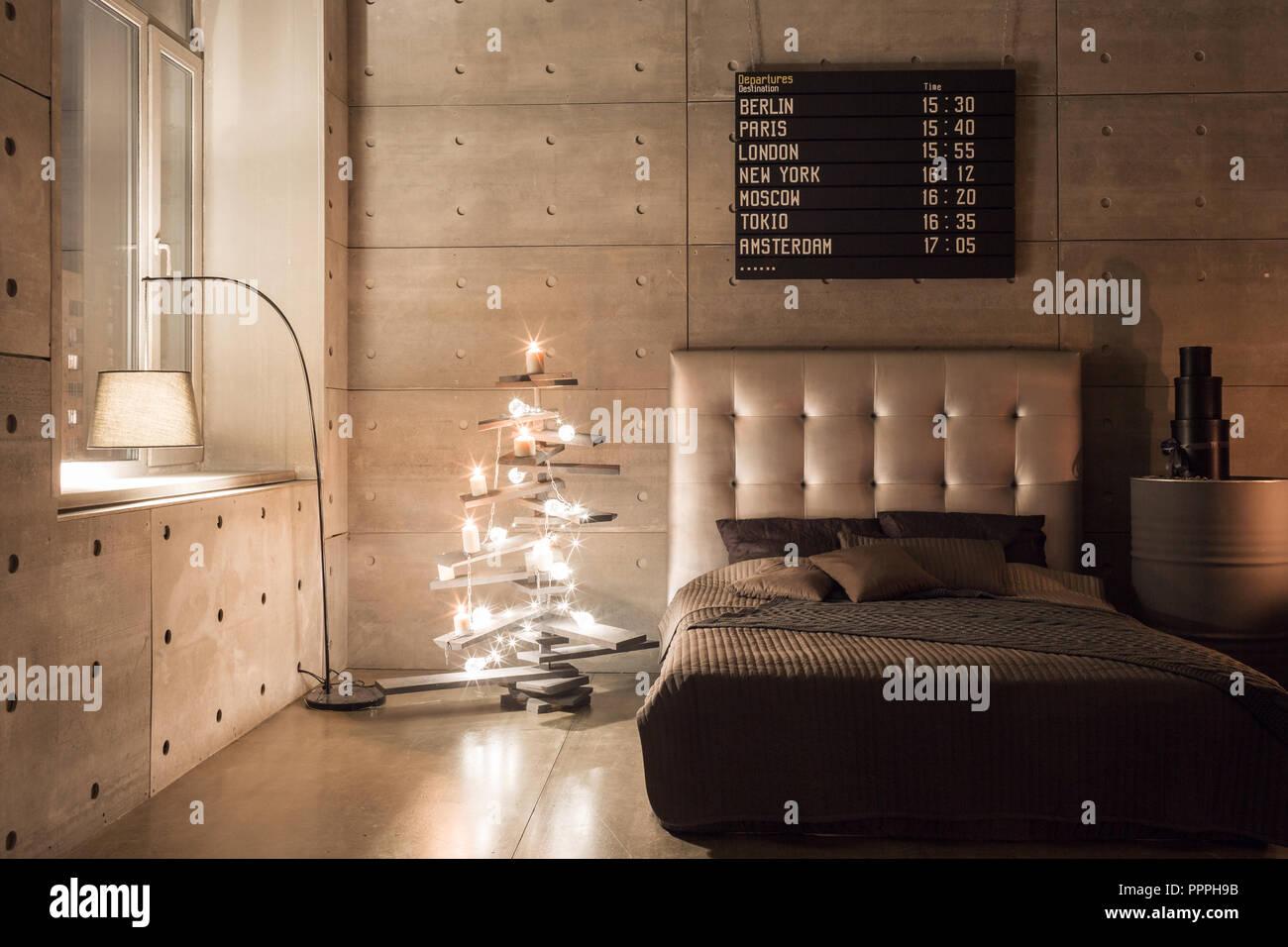 Moderne leere Schlafzimmer im Loft Stil mit grauem Farben ...
