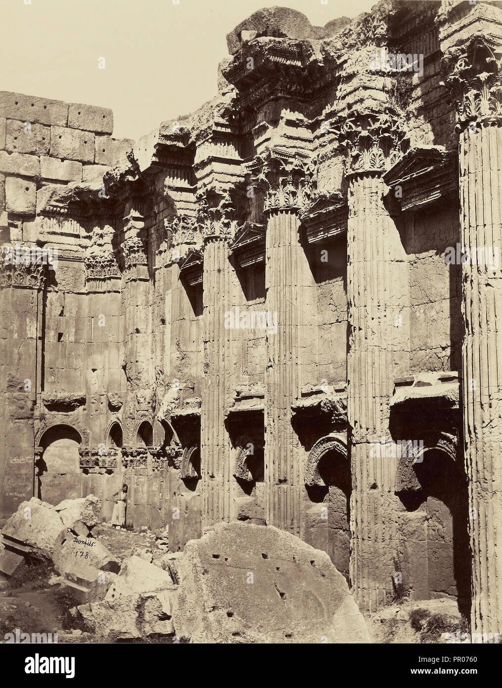 Interieur du Temple de Jupiter - balbek; Félix Bonfils, Französisch, 1831-1885, Baalbek, Syrien; 1872; Eiklar silber Drucken Stockbild