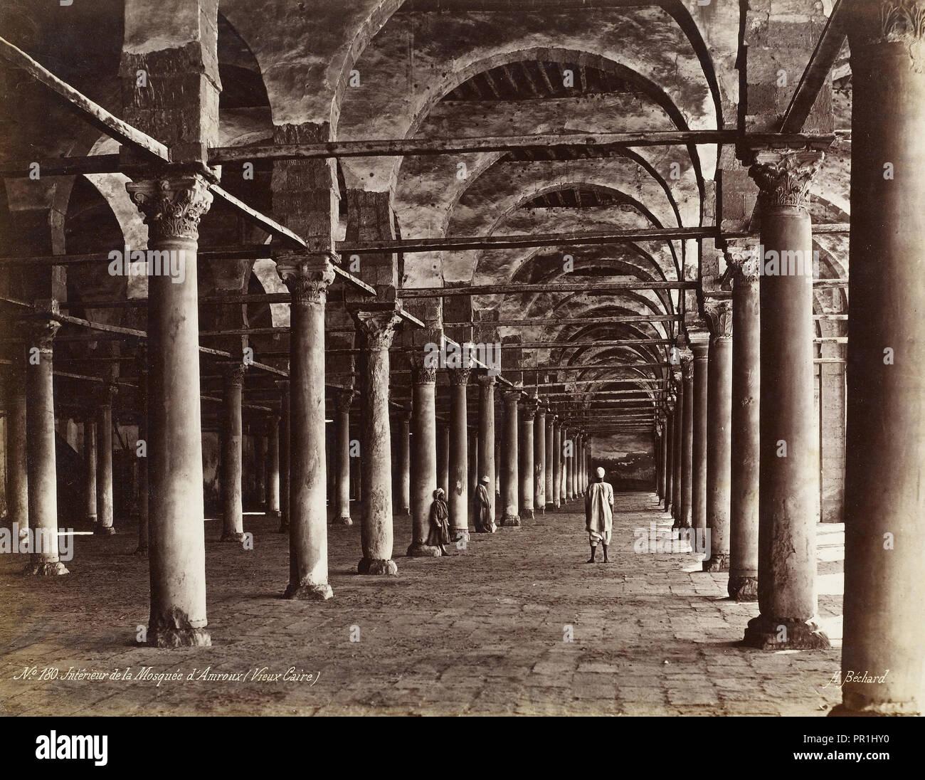 Intérieur de la Mosquée d'Amroux, Vieux Caire), Orientalist Fotografie, Béchard, Emile, Ca. 1870-1879, H. Béchard Signatur Stockbild