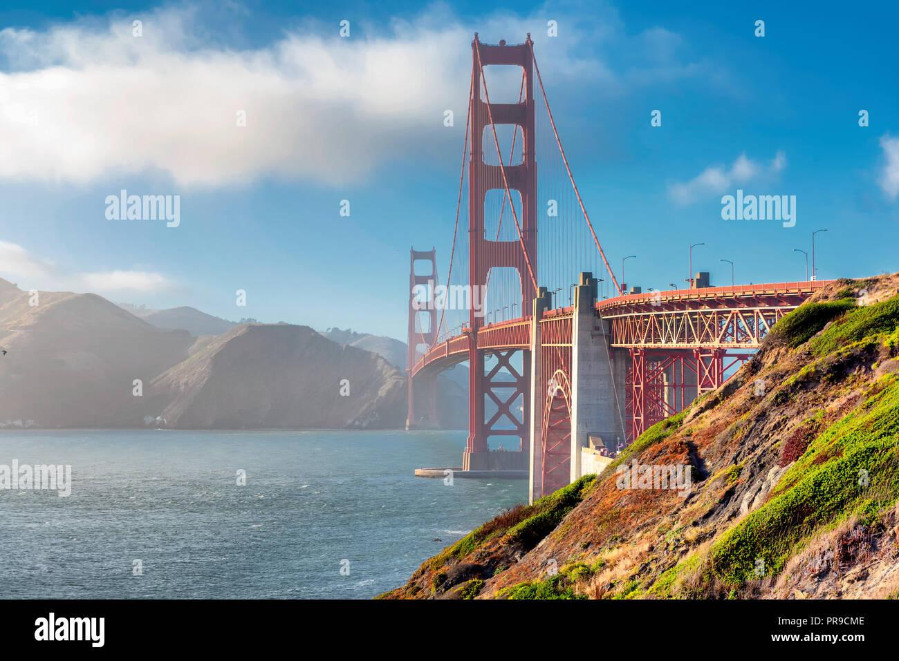 Golden Gate Bridge bei Sonnenuntergang, San Francisco Stockbild