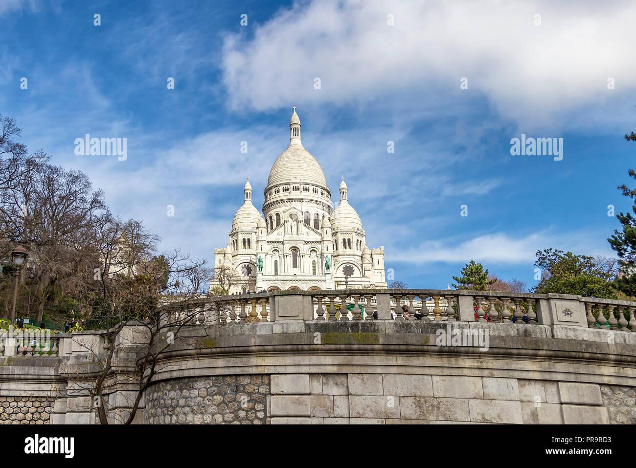 Die Basilika des Heiligen Herzen von Paris ist eine römisch-katholische Kirche und Basilika Minor, dem Heiligsten Herzen Jesu gewidmet ist, Stockbild