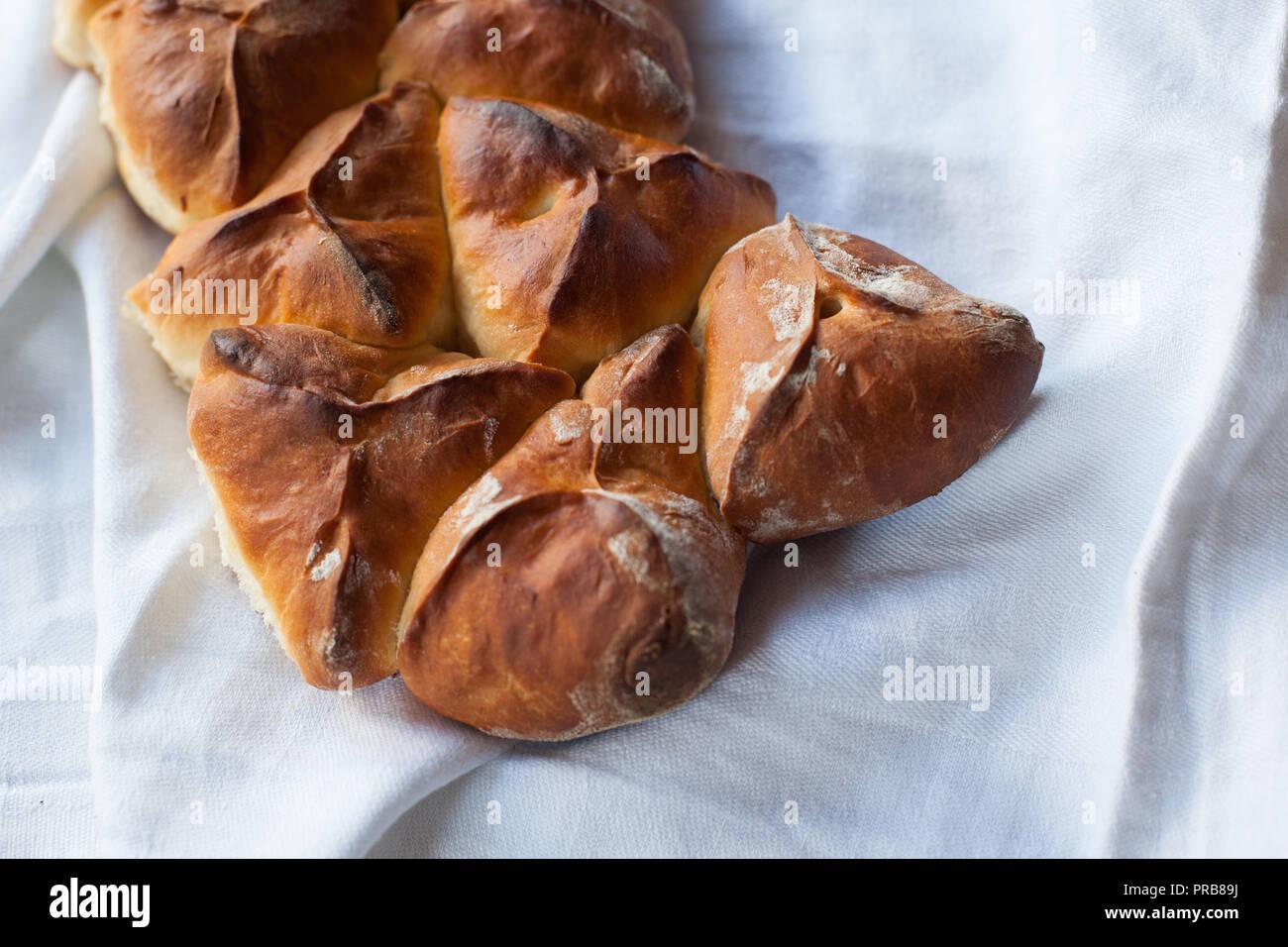 Frischen hausgemachten süßen Kuchen mit Hüttenkäse. Gebäck Stockbild