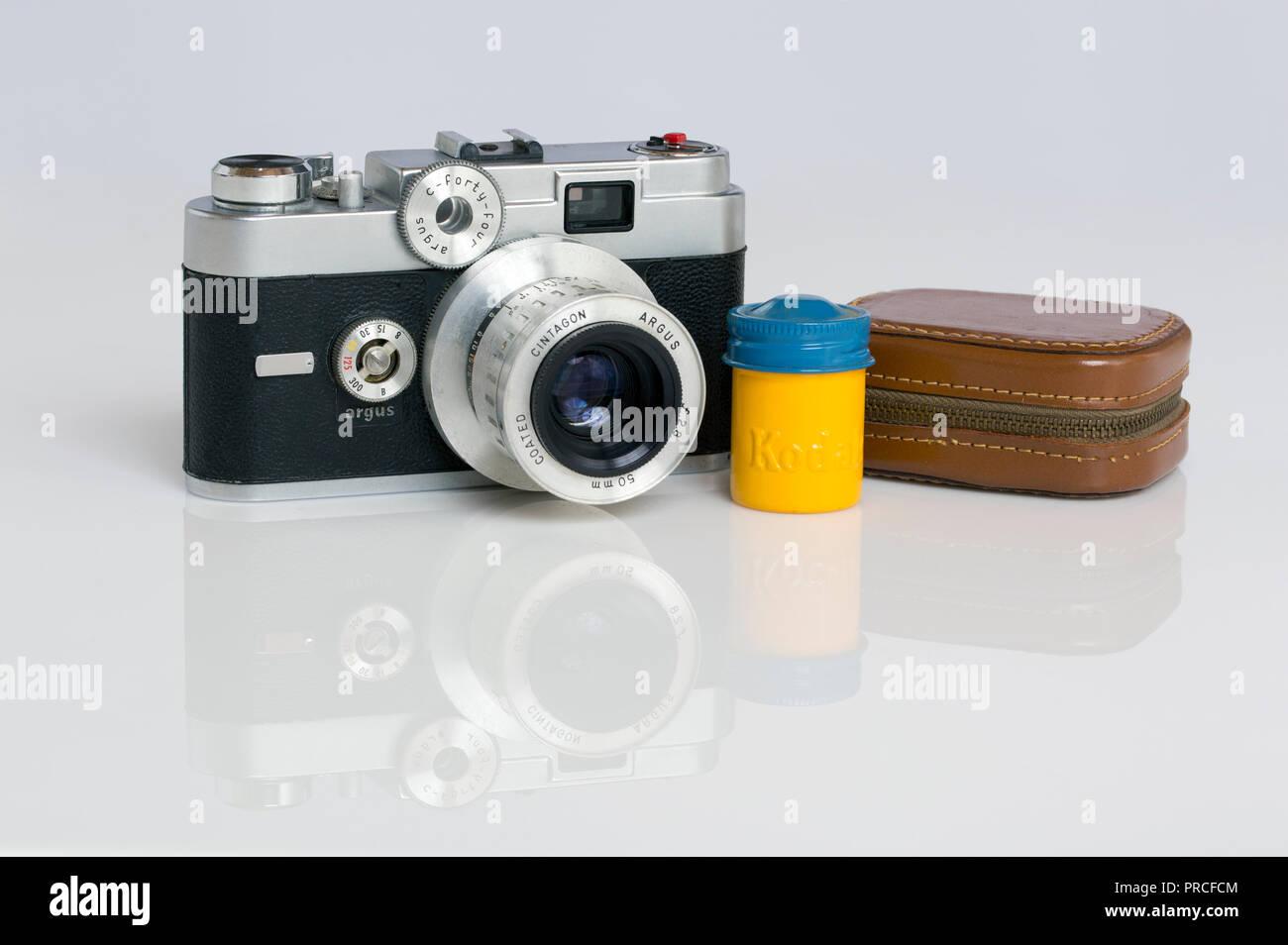 Eine amerikanische argus c r mm entfernungsmesser film kamera