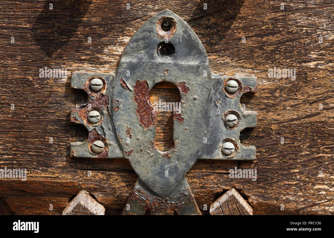 Alte Tür verriegeln, Deutschland, Europa ich Altes Türschloss, Deutschland, Europa I Stockfoto
