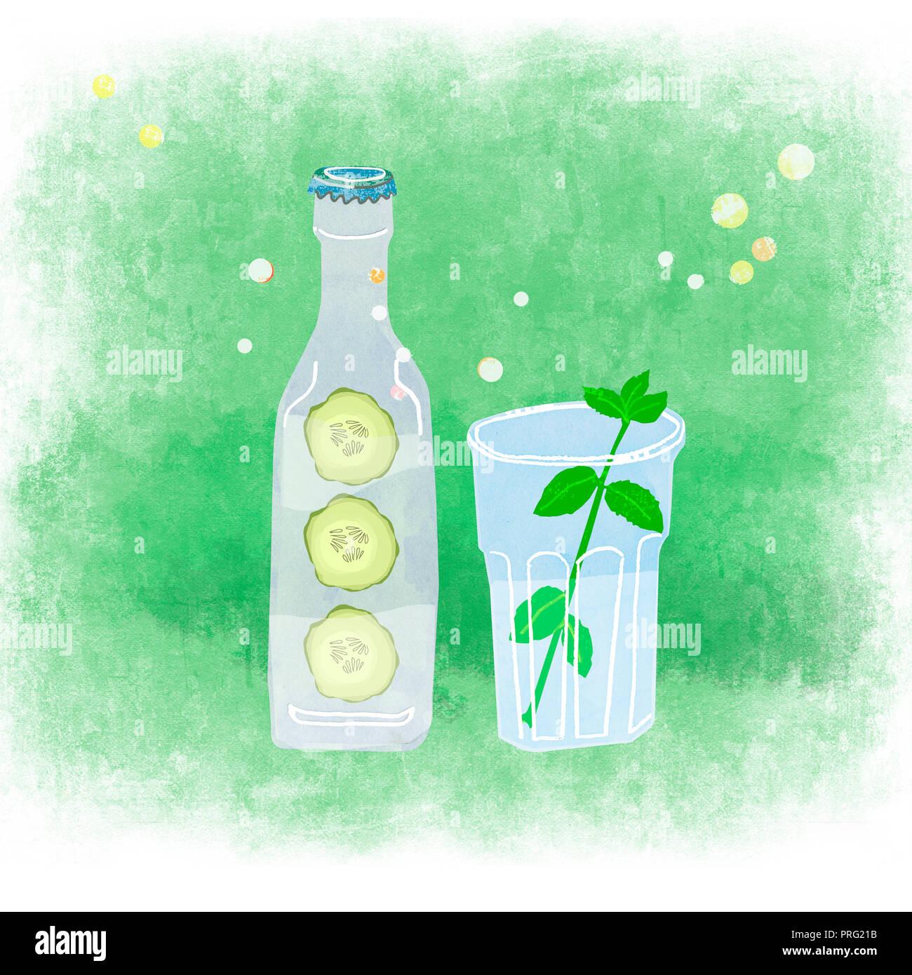 Eine Flasche und ein Glas mit natürlichen Getränk Stockbild