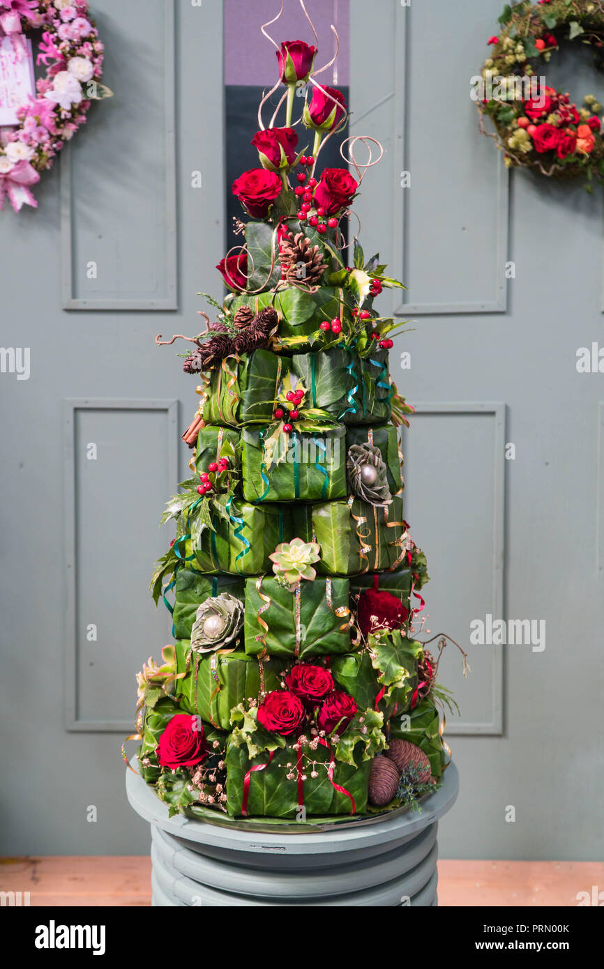 Christmas Tree Flower Stockfotos & Christmas Tree Flower Bilder - Alamy