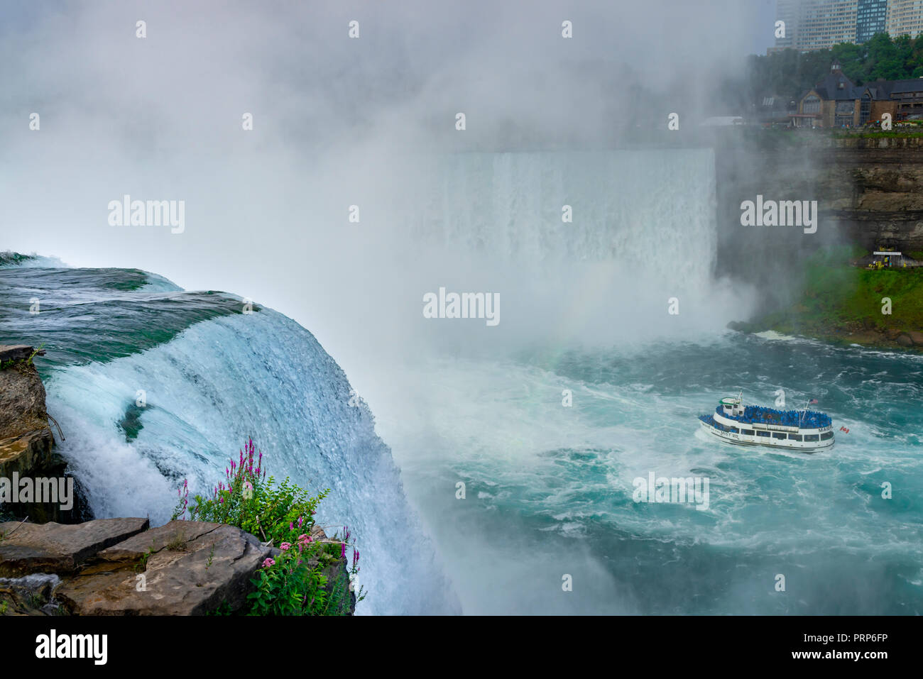 Mädchen des Nebels Ausflugsboot, Niagara Falls, Kanada Stockbild