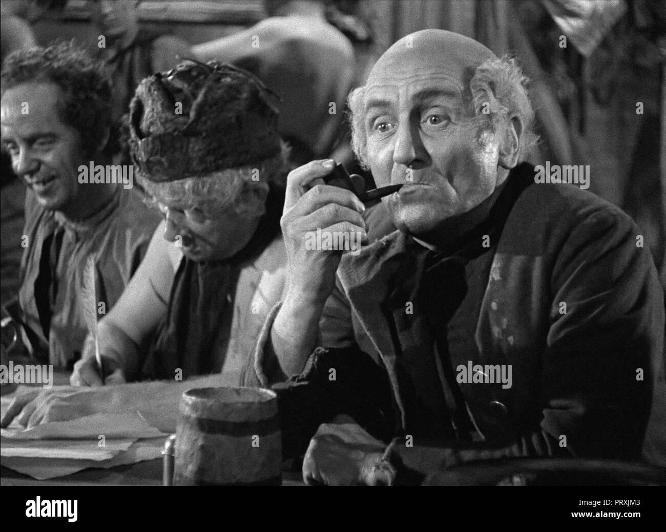 Prod DB © mayflower Bilder/DR L'AUBERGE DE LA JAMAIQUE/LA TAVERNE DE LA JAMAIQUE JAMAICA INN de Alfred Hitchcock 1939 GB Wylie Watson. fumer La Stockbild