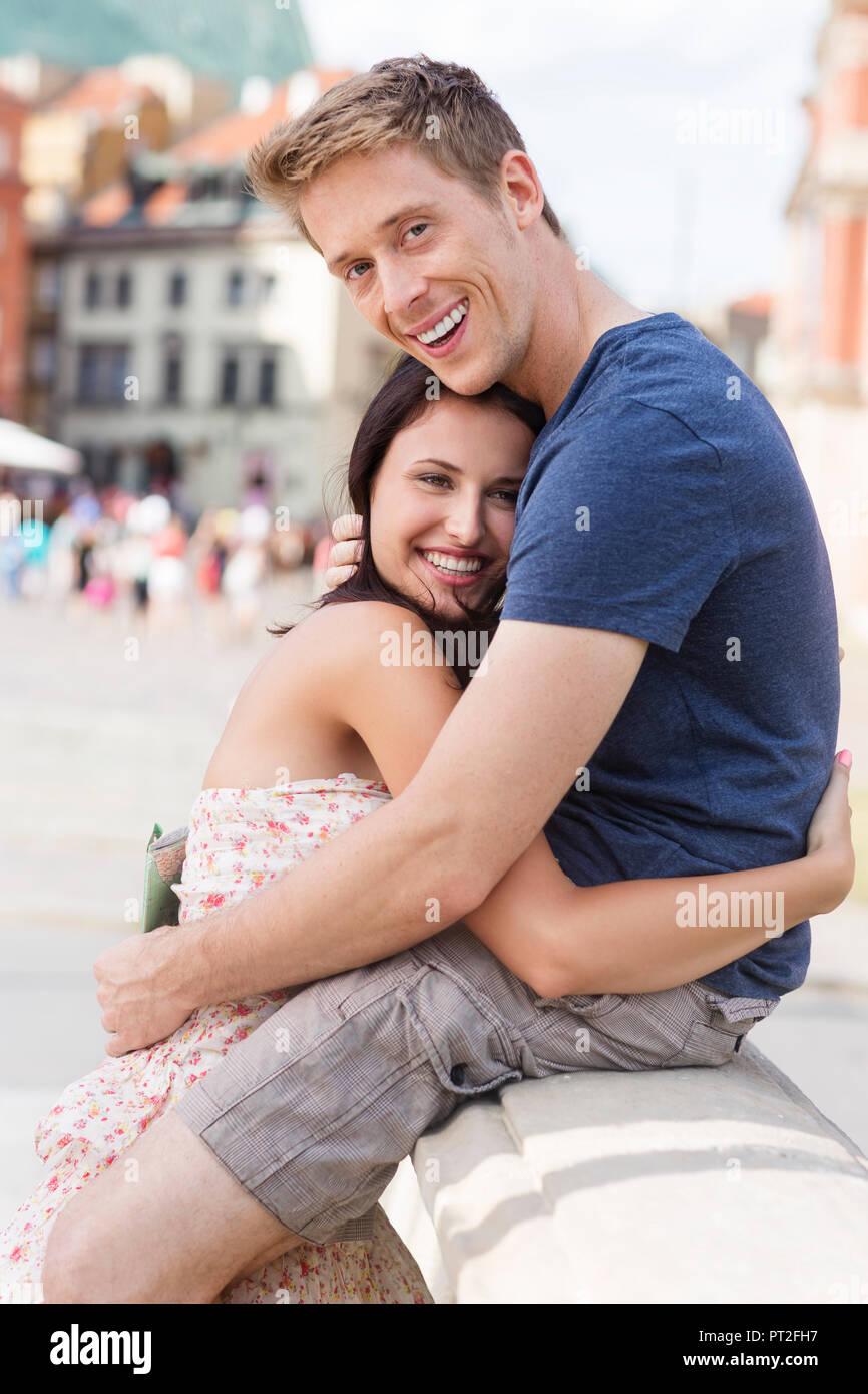 Polen, Warschau, Happy junge Paare auf einer Städtereise Stockbild