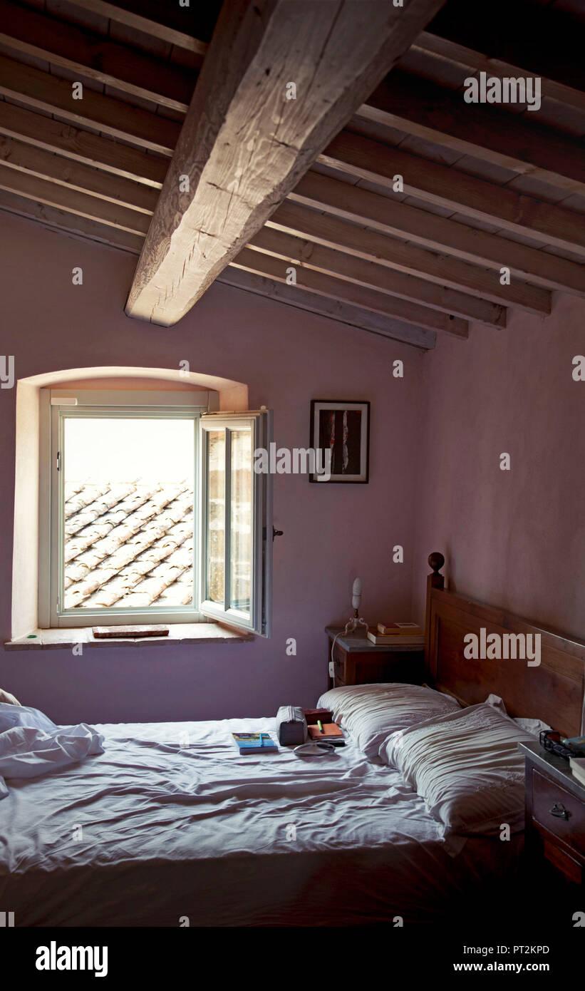 Schlafzimmer, Villa, Toskana, Italien Stockfoto, Bild ...
