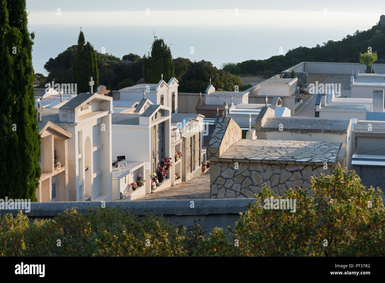Friedhof am Notre Dame de la Serra, Calvi, Korsika, Frankreich Stockbild
