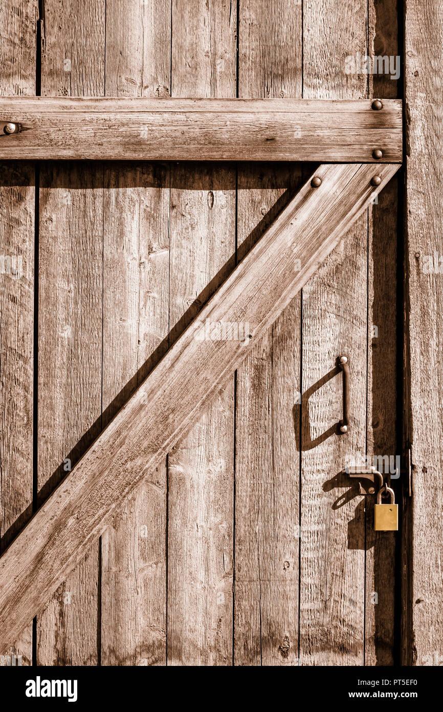 Wunderschön Holztür Außen Ideen Von Diese Tür Wird Von Außen Verschraubt Und