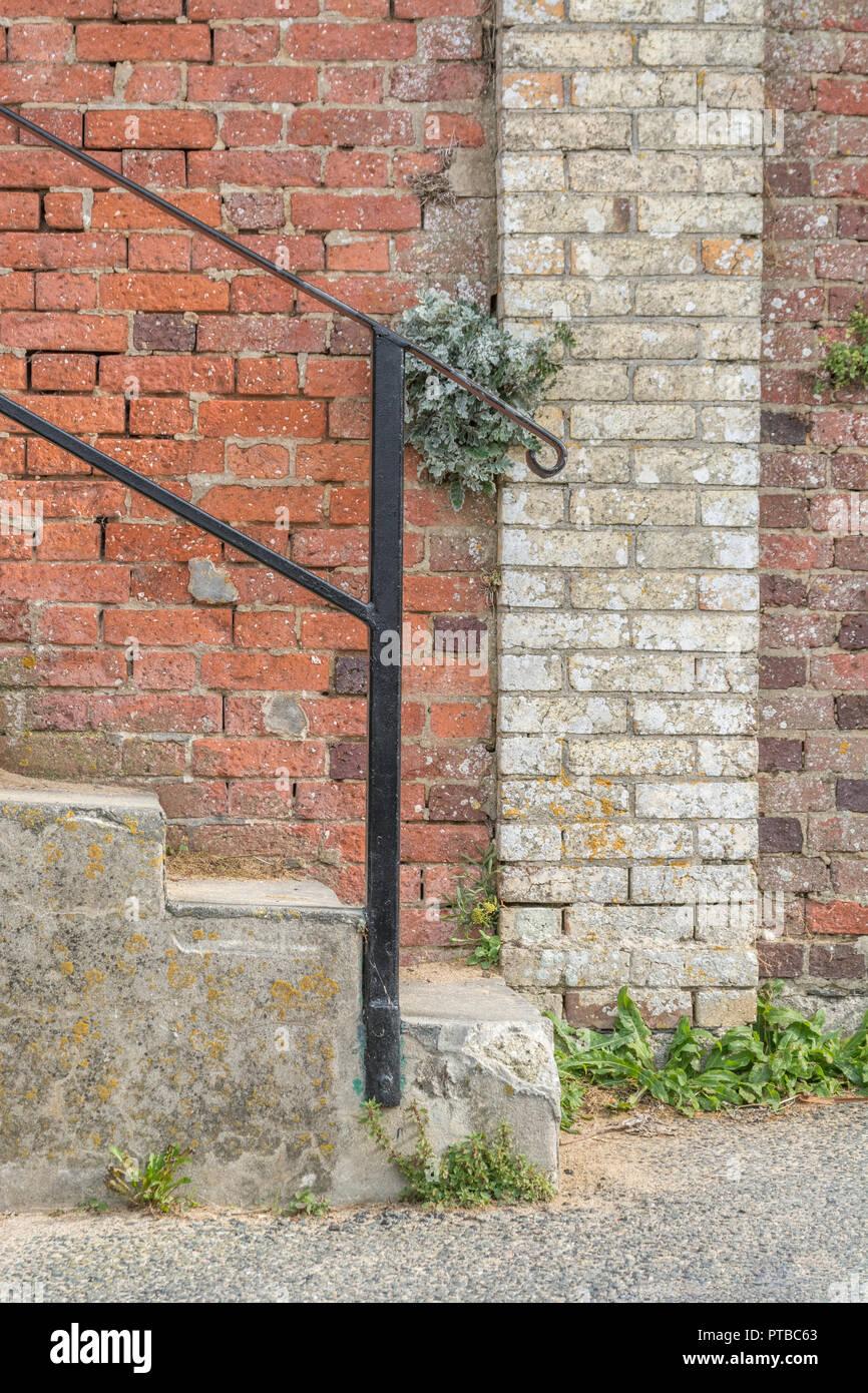 Schritte Mit Metall Gelander Vor Der Alten Mauer Von Einem Hotel In