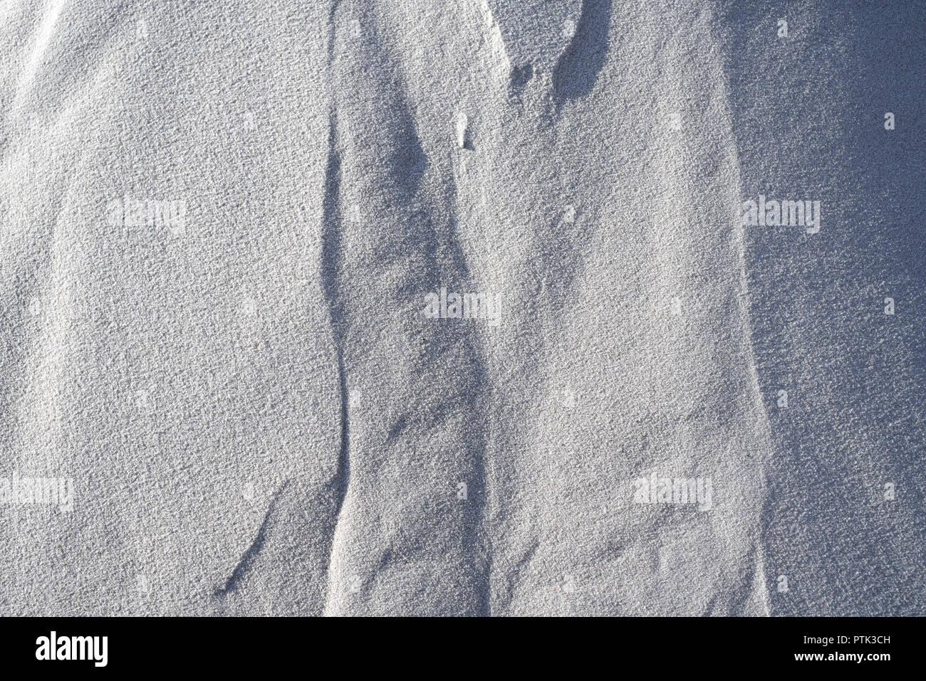 Detail der Rohstoff weißer Quarzsand. Stockbild