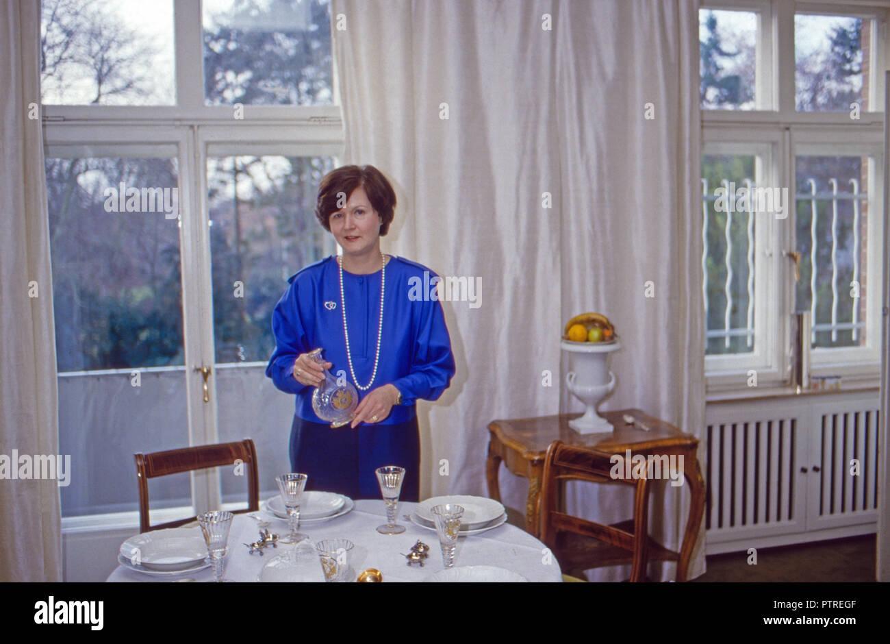 Ehrengard Prinzessin Von Preußen Im Esszimmer In Bremen Deutschland