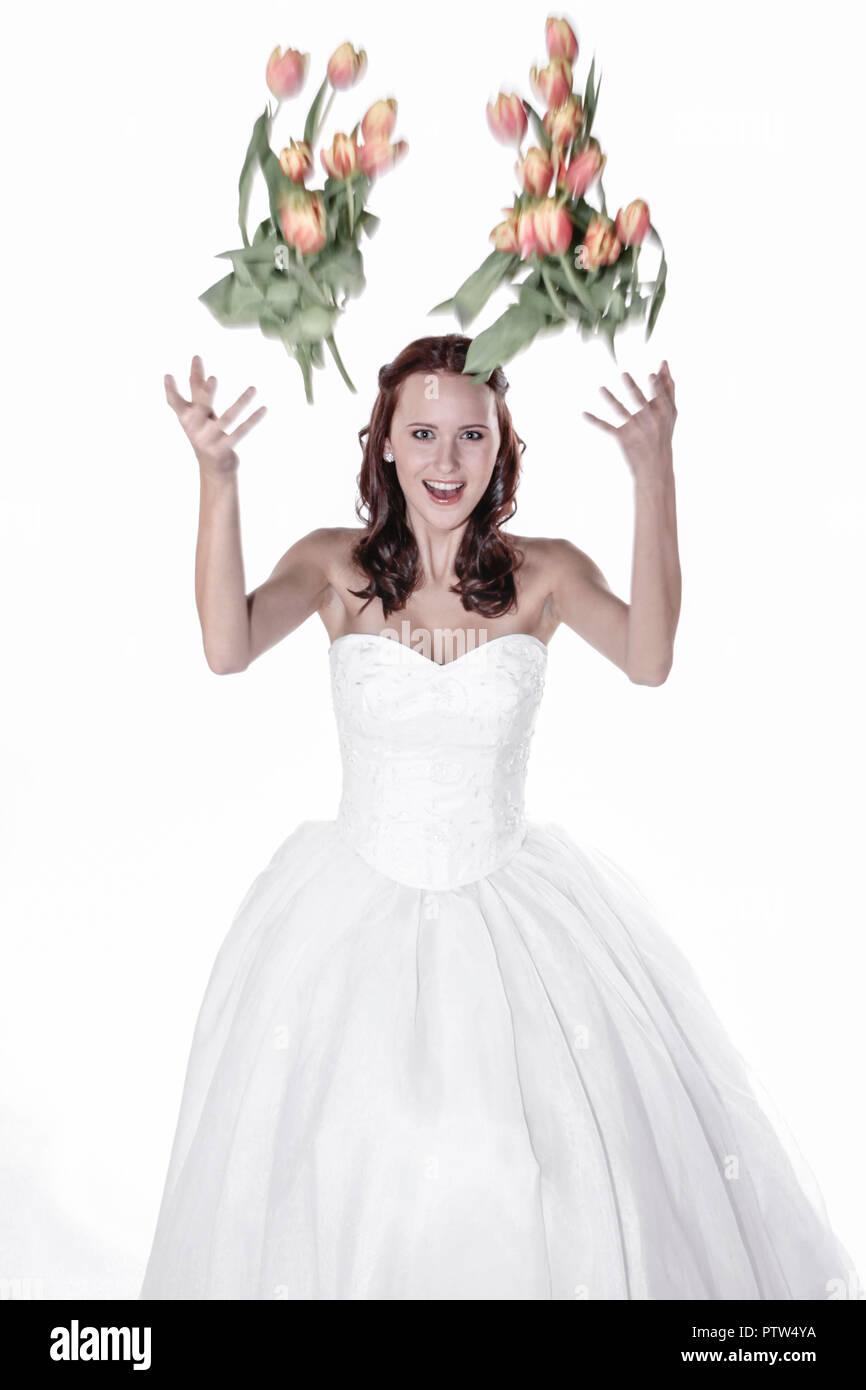 Fotoarbeit, Hochzeit, Glueck, Gluecklich, Heirat, Jahrmarktssängerin, Brautkleid, Romantik (Modellfreigabe) Stockbild