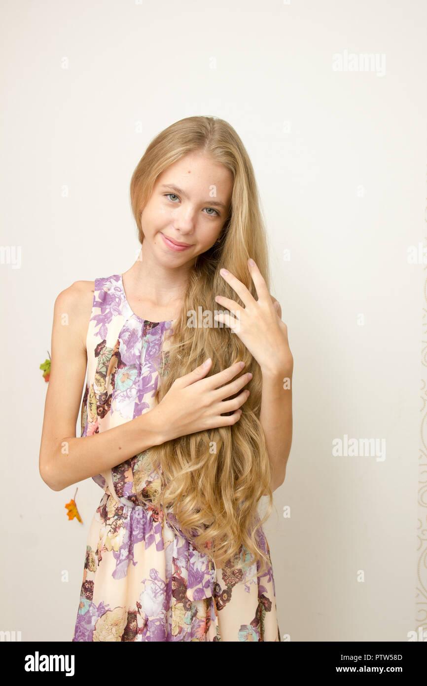 Haare mädchen braune Hübsche Mädchen