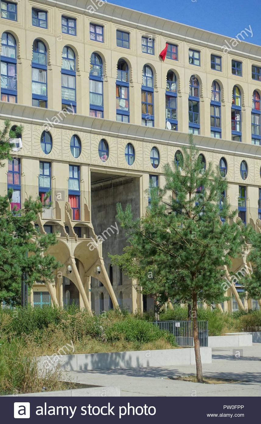 Paris, Noisy-le-Grand Mont d Est, Pave-Neuf, Les Arenes de Picasso, Architekt Manuel Nunez Yanowsky Stockbild