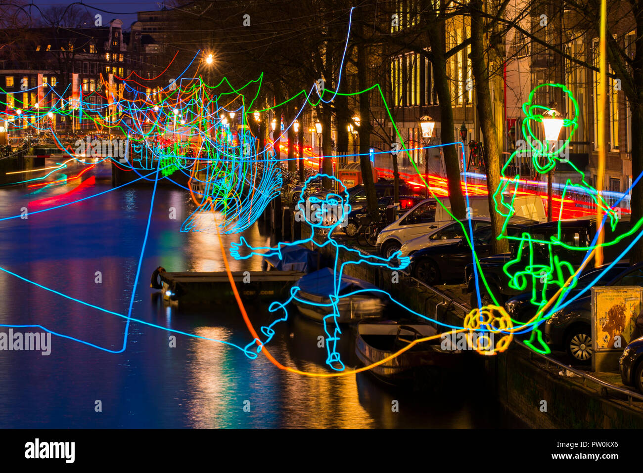 Licht Tour Amsterdam : Amsterdam canal herengracht während amsterdam licht festival mit