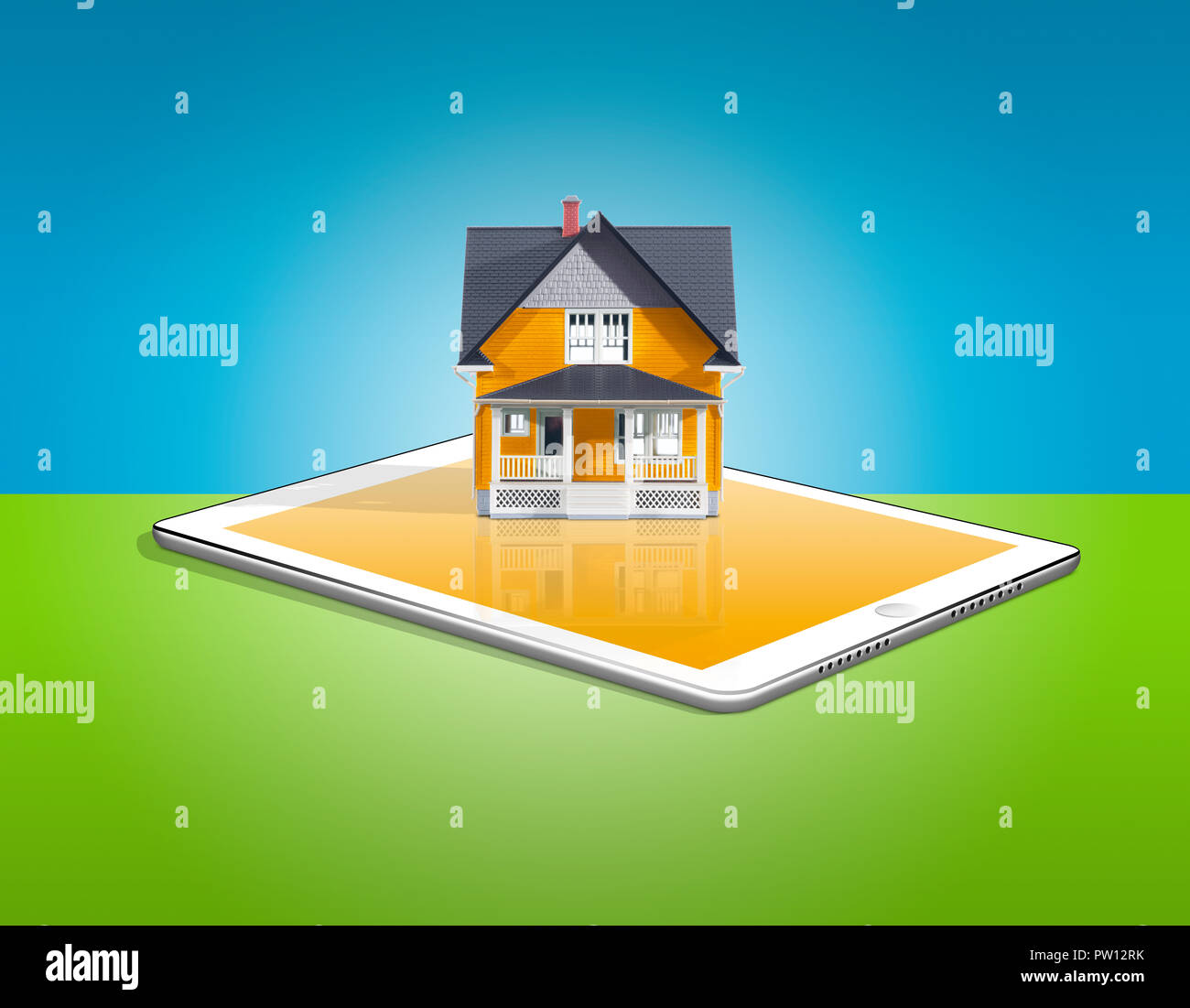 Konzept einer Orange House auf eine Tablette, Haus finden, Immobilien, Haus, Haus verkaufen, Finanz, Hypotheken, Apple iPad Stockbild