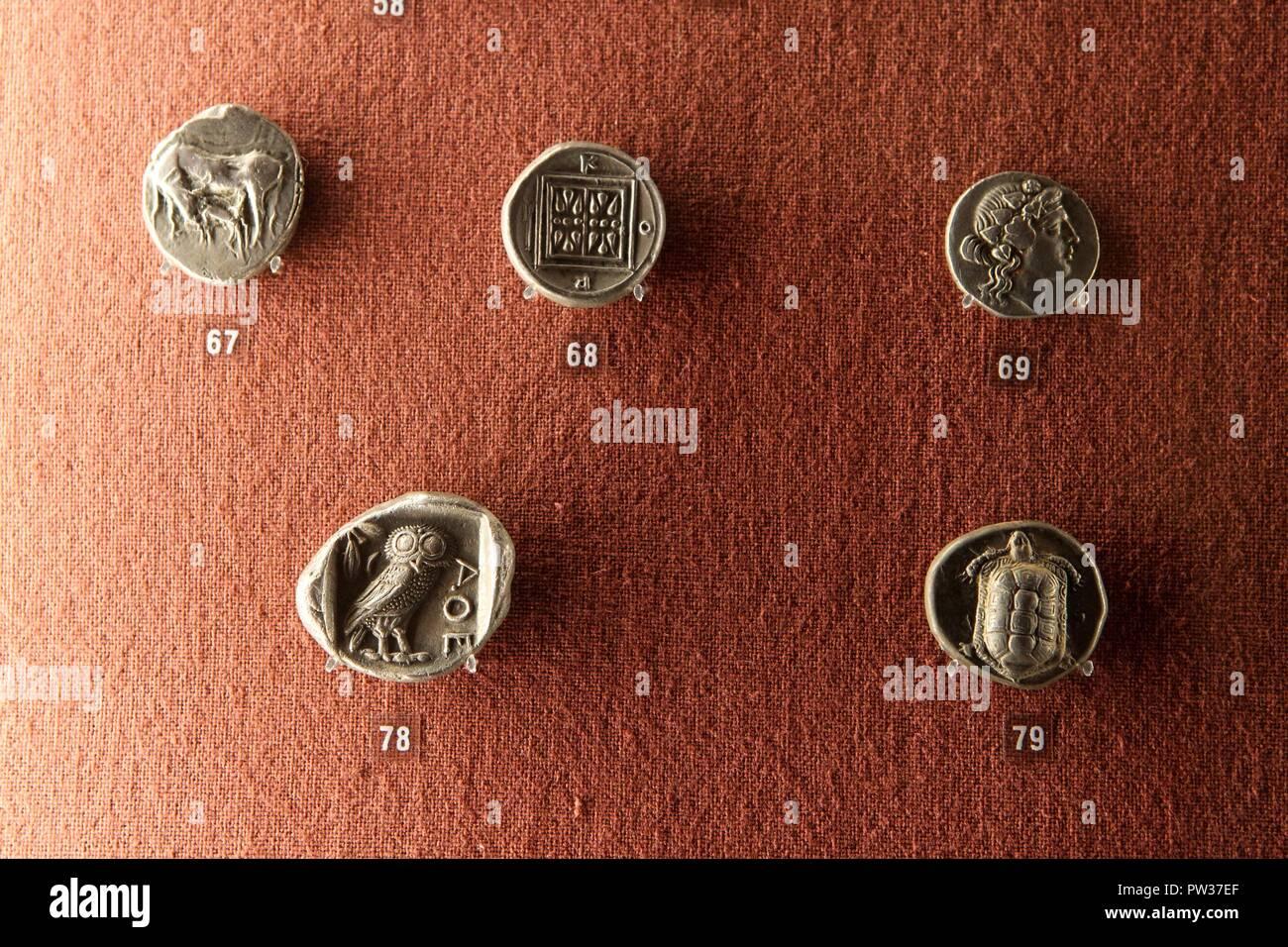 Antike Griechische Münzen In Numismatische Museum Athen