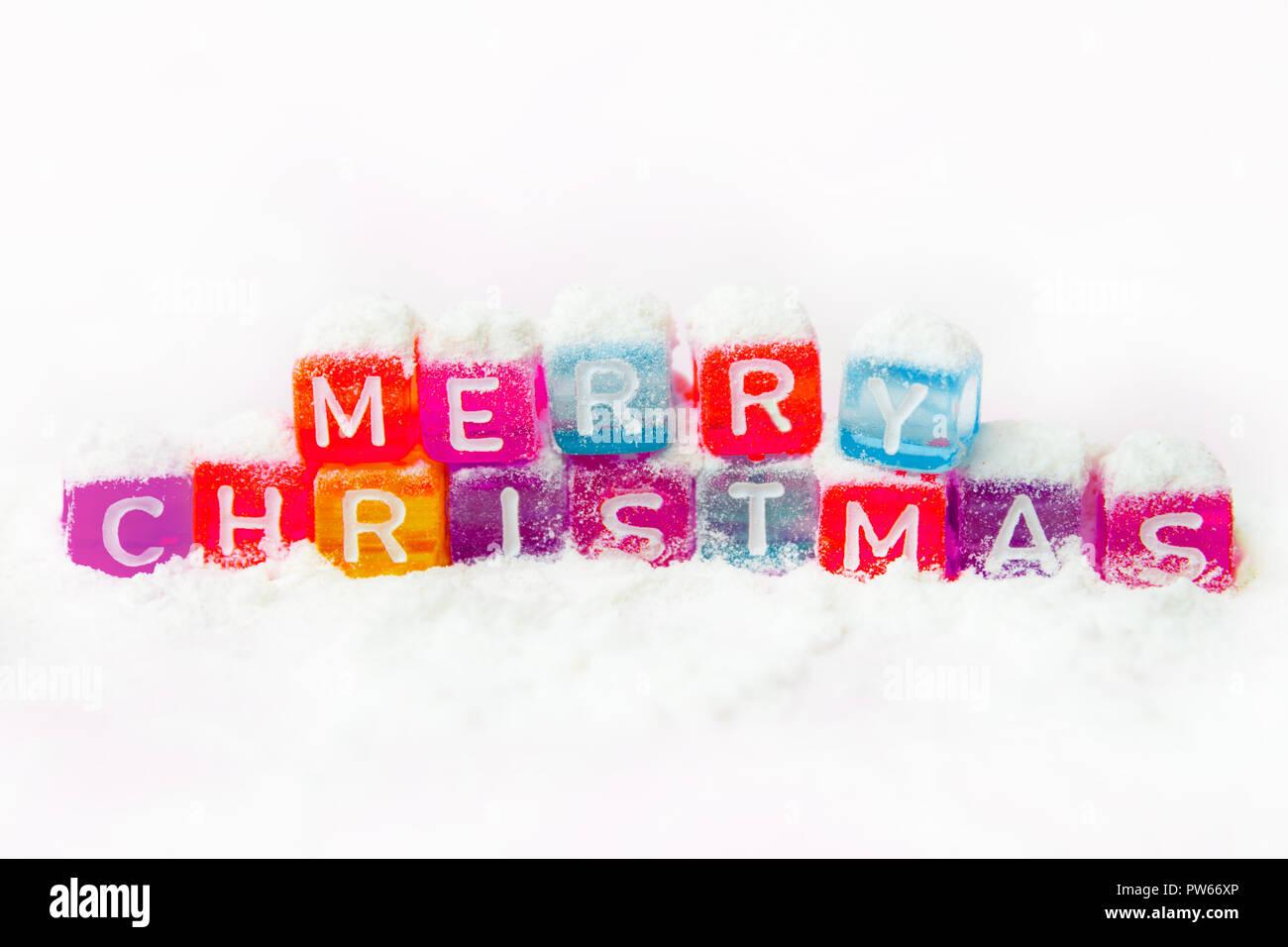Weihnachten Wörter.Wörter Frohe Weihnachten Aus Bunte Buchstaben Auf Weißem Hintergrund