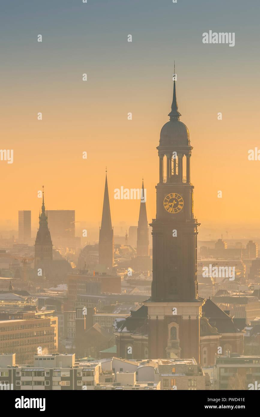 Deutschland, Hamburg, Innenstadt, Skyline, Michel, St. Michaelis,, Kirchen Stockbild