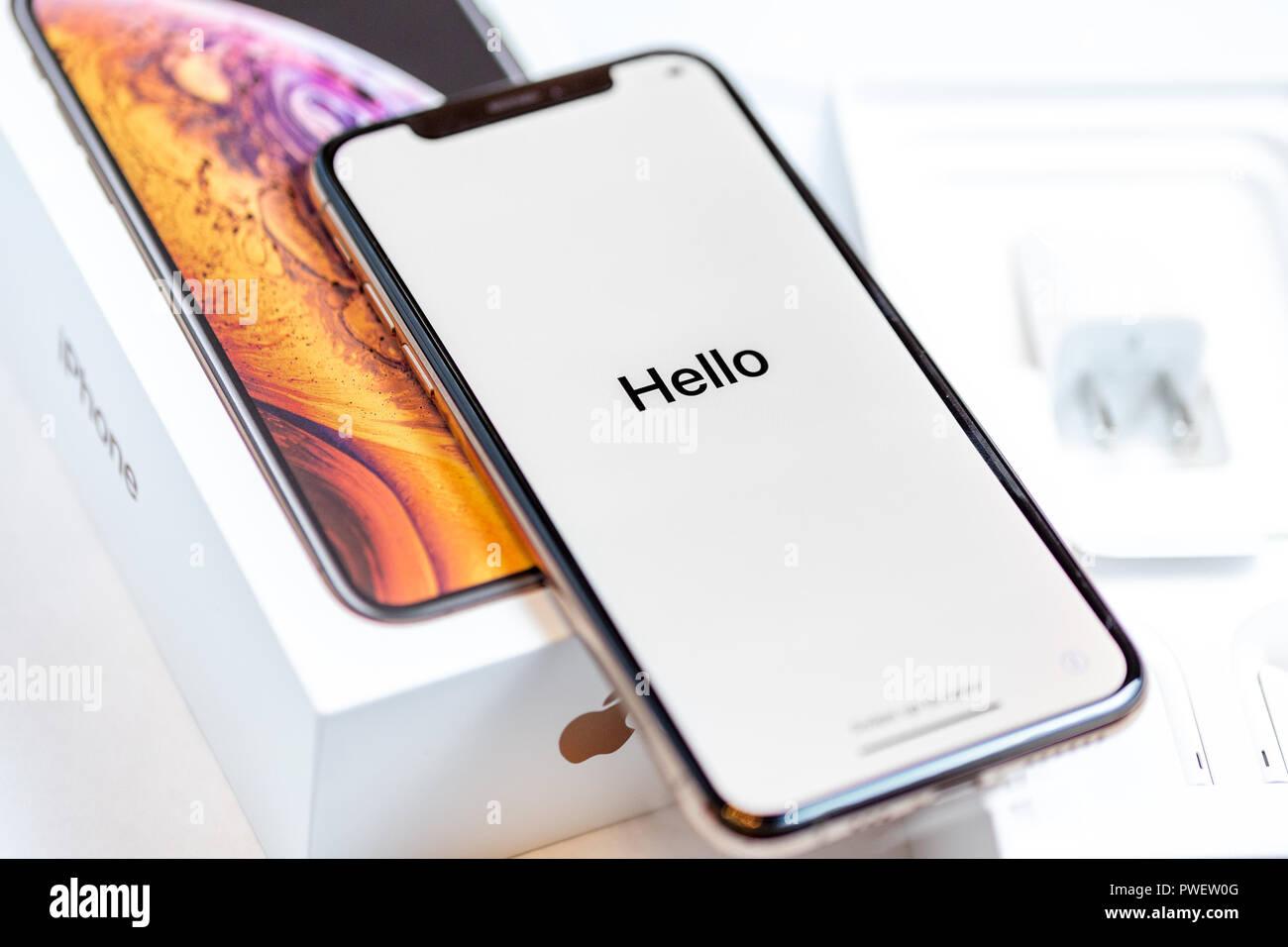 12 oktober 2018 kiew ukraine iphone xs sp testens am. Black Bedroom Furniture Sets. Home Design Ideas