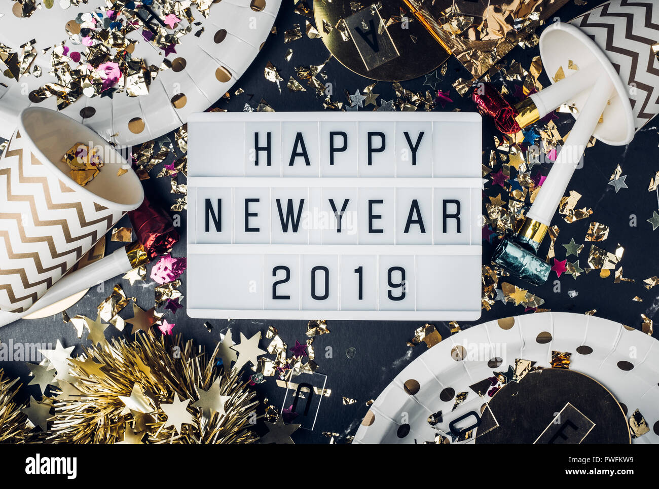 Frohes Neues Jahr 2019 Stockfotos & Frohes Neues Jahr 2019 Bilder ...