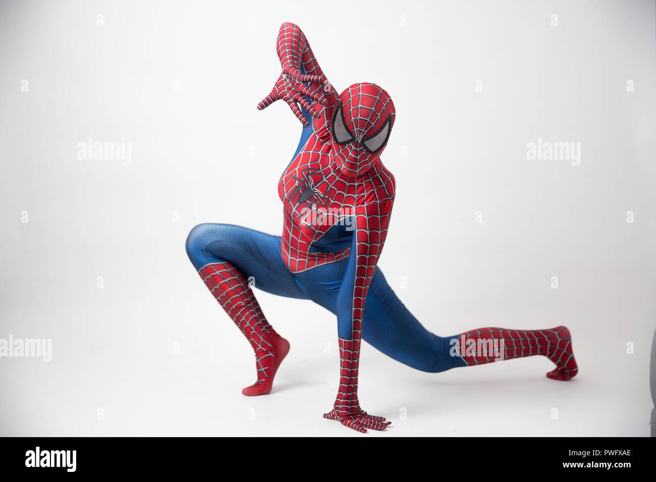 """Israel, Tel Aviv Oktober 14, 2018: """"Spider-Man""""-Modell mit der Oberseite nach unten auf den werbetafeln des Thung Bua Chom schwimmenden Markt Stockbild"""