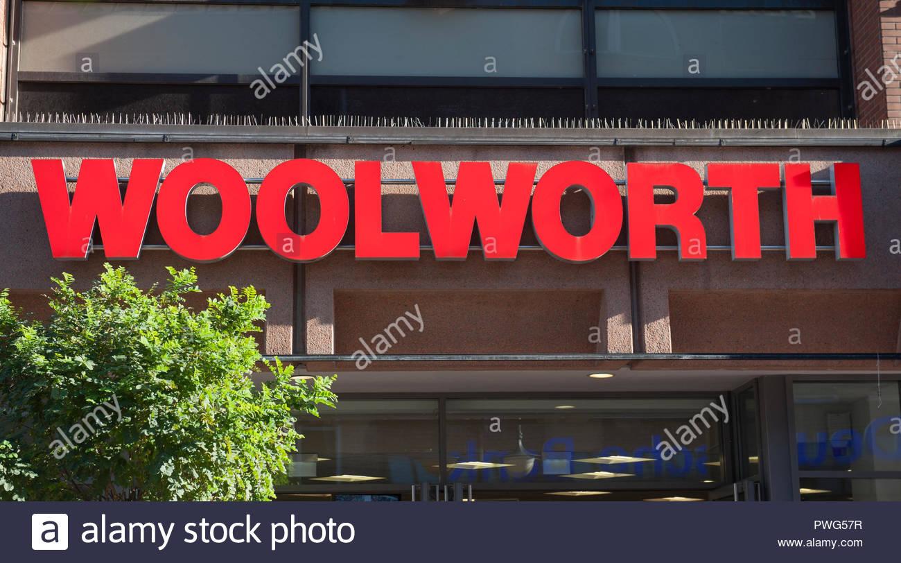 woolworth germany stockfotos woolworth germany bilder alamy. Black Bedroom Furniture Sets. Home Design Ideas