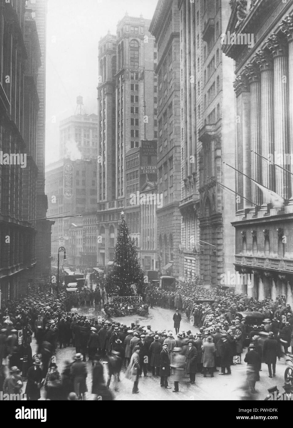 Wo Steht In New York Der Weihnachtsbaum.Weihnachten In Den 1920er Jahren Einen Grossen Weihnachtsbaum Steht