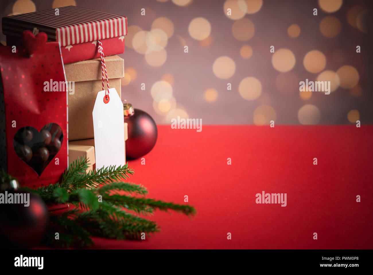 Firmengeschenke Weihnachten.Schenkungskonzept Stockfotos Schenkungskonzept Bilder Alamy
