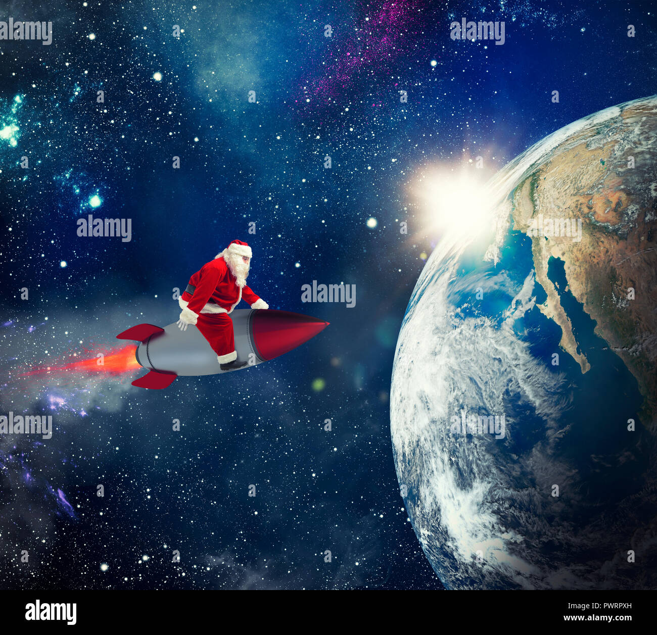 Schnelle Lieferung Von Weihnachten Geschenke Mit Santa Claus Im Raum