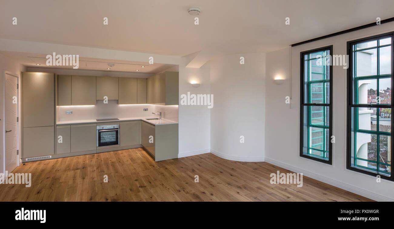 Offene Küche, Ess- und Wohnzimmer im berühmten Art déco ...
