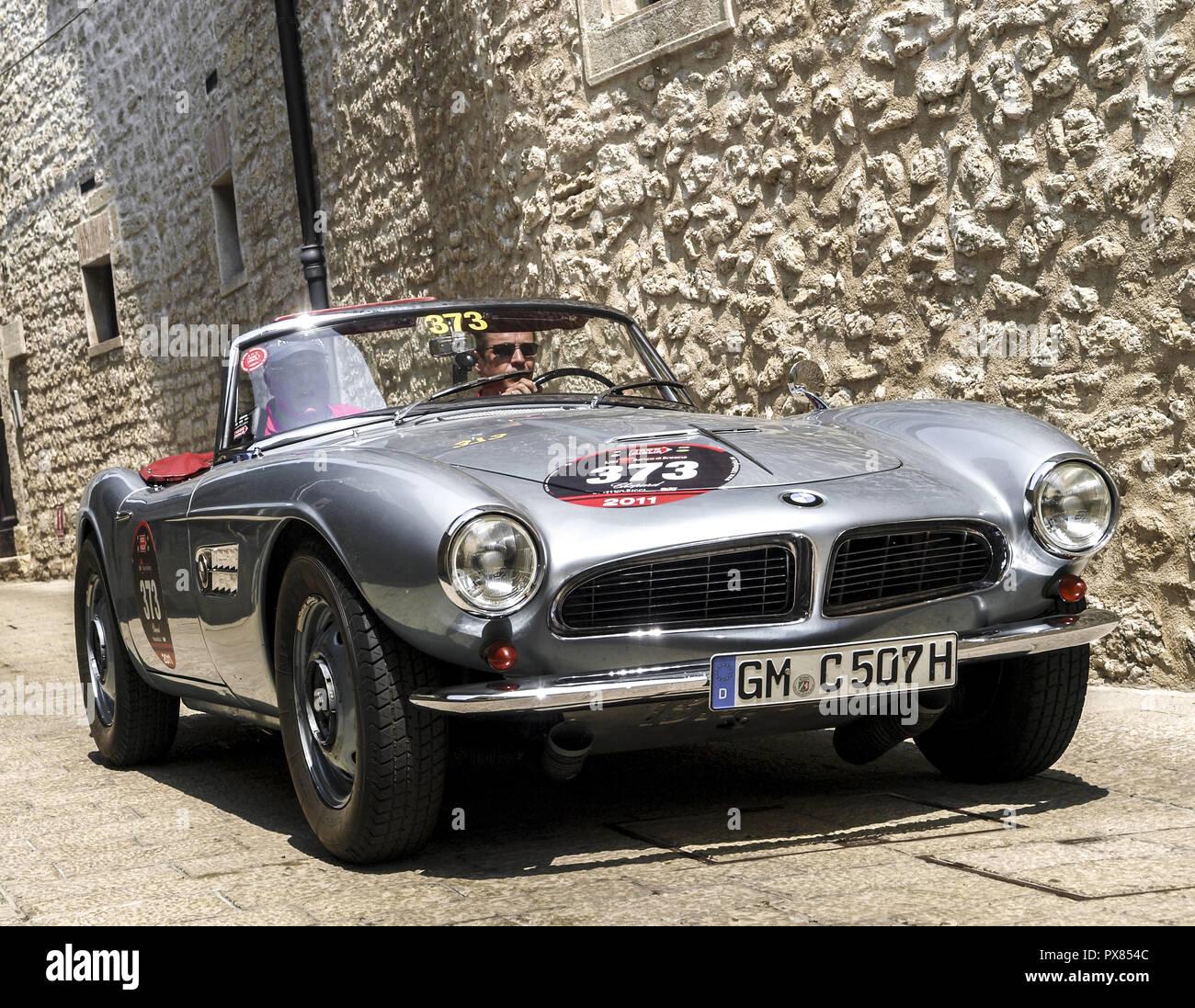 BMW 508, San Marino Stockfoto, Bild: 222685132 - Alamy