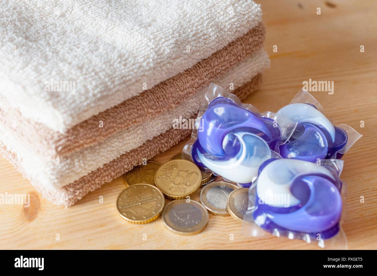 Speichern Konzept Stapel Von Waschmaschine Kapseln Klare