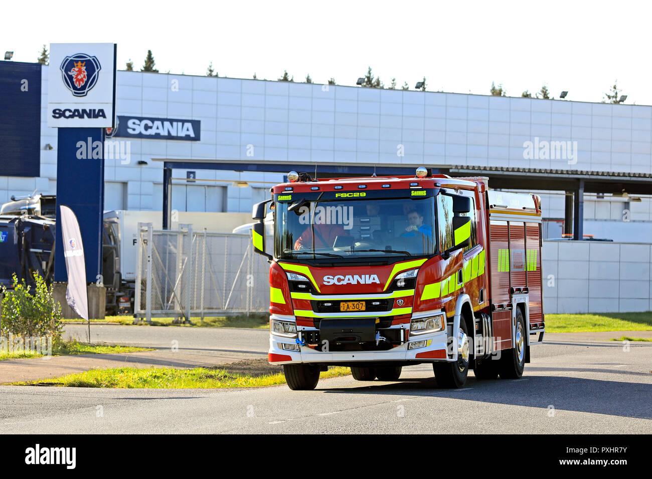 Scania Feuerwehrauto Stockfotos Amp Scania Feuerwehrauto