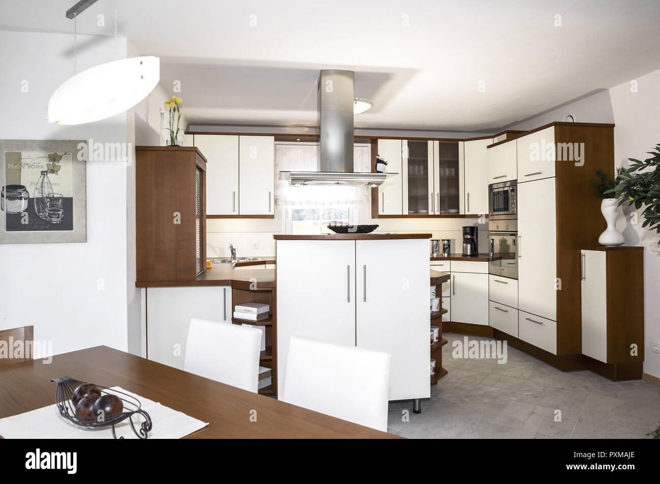 Innenaufnahme Inneneinrichtung Kueche Wohnen Wohnung Wohnraum
