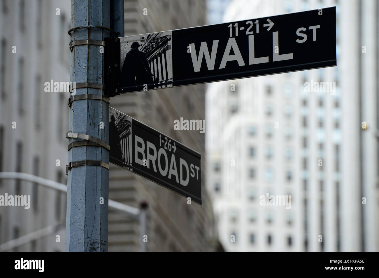USA, New York City, Manhattan, Gebäude der New Yorker Börse NYSE an der Wall Street Broad Street, Finanzkrise, Börsenkrise Stockfoto
