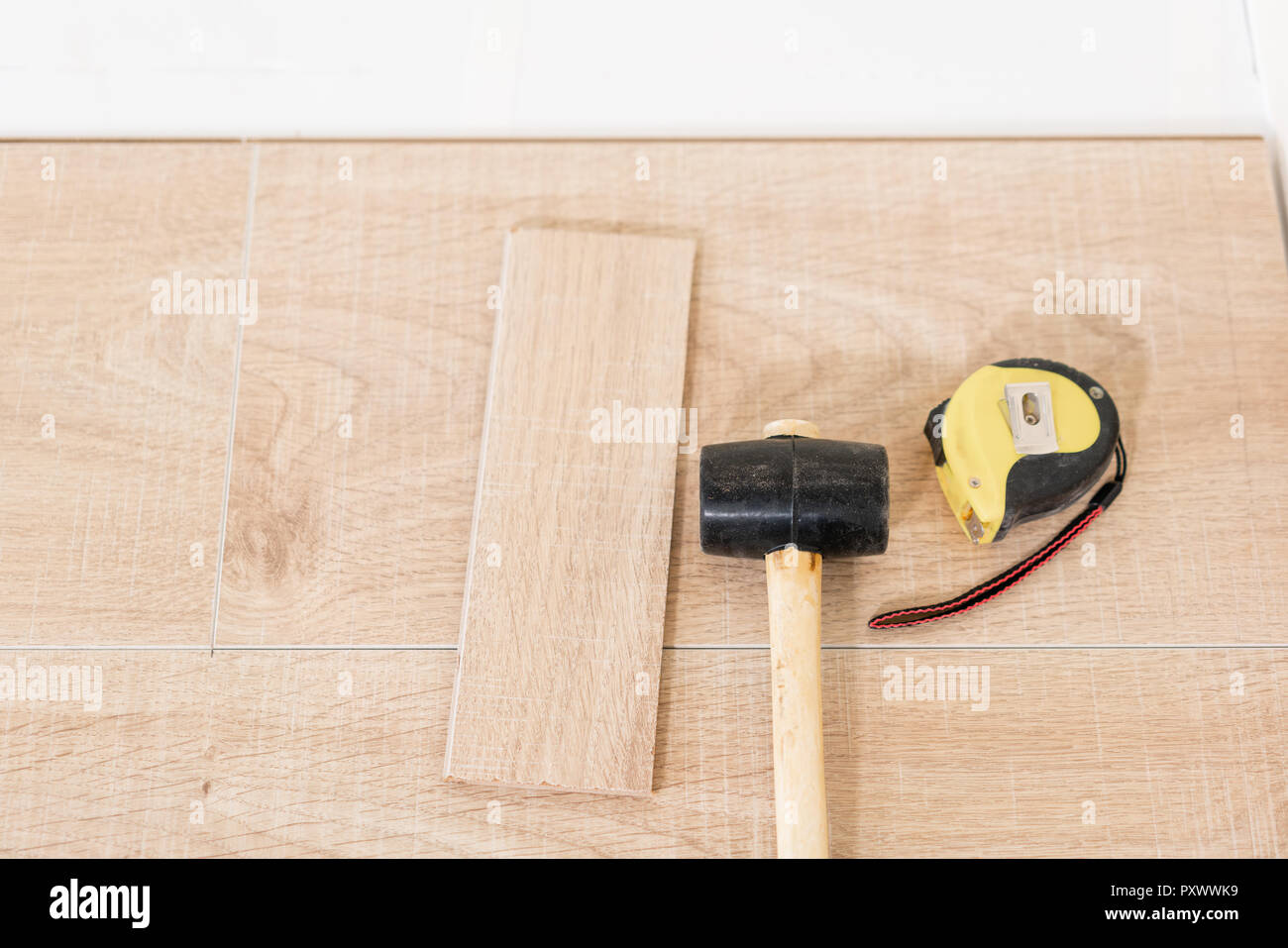 hammer indoor stockfotos & hammer indoor bilder - alamy