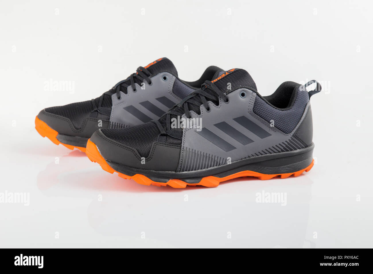 official photos 7e6f9 fb422 Afife, Portugal - Oktober 24, 2018  adidas Running Schuhe. Adidas,  multinationales
