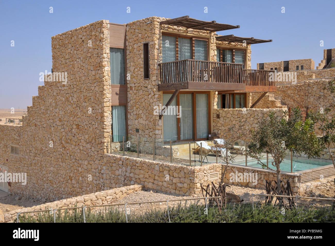 Israel, Negev, Beresheet (Genesis) Isrotel Hotel auf den Klippen von den Ramon Krater, Stockbild