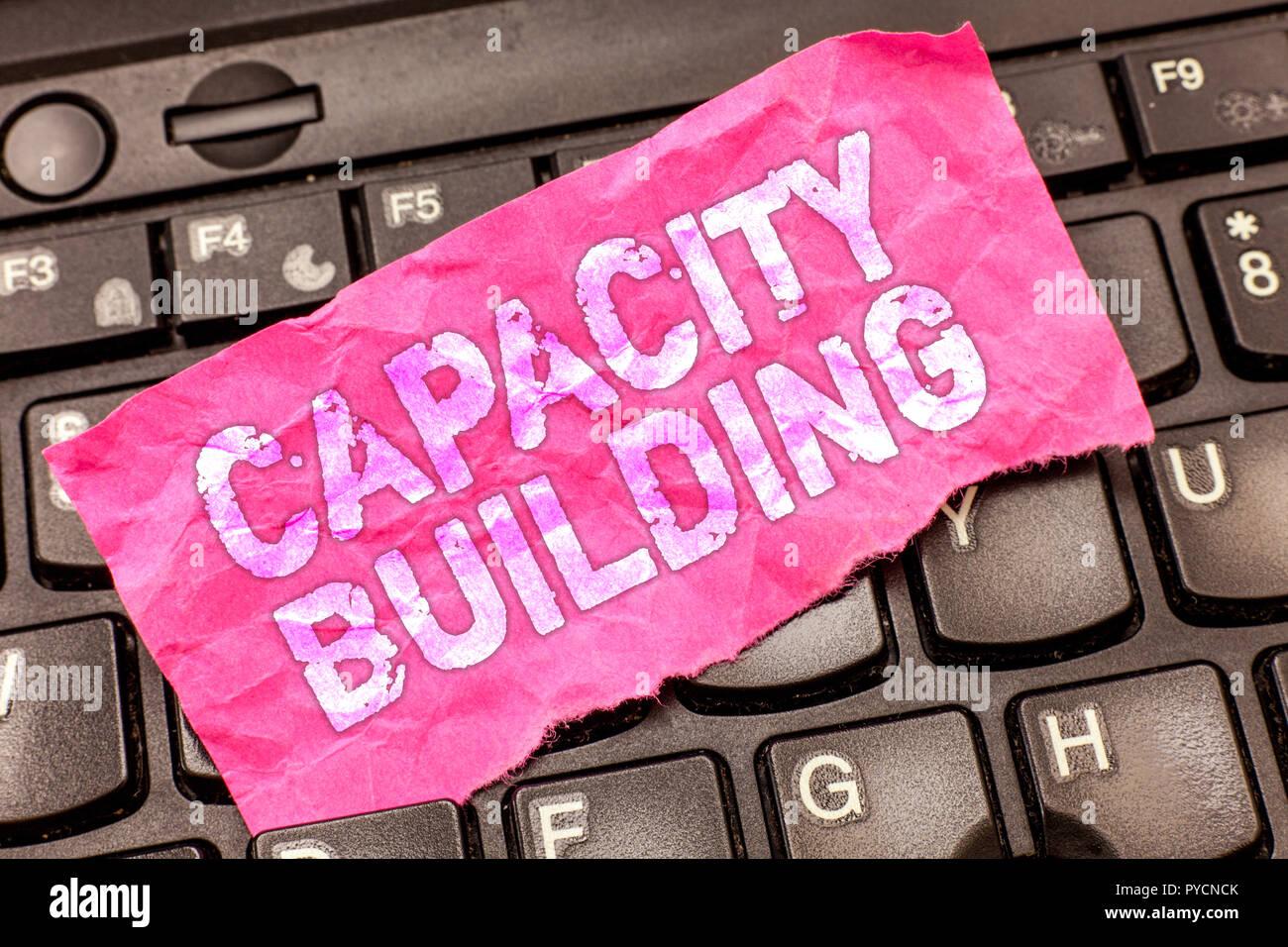 Schreiben Hinweis angezeigt. Business foto Präsentation stärken die Fähigkeiten von Einzelpersonen die Arbeitsverteilung. Stockbild
