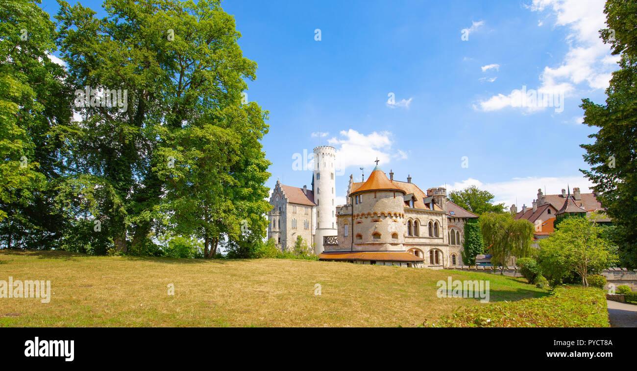 Schloss Lichtenstein - Neugotischen Stil und auf der Schwäbischen Alb im Süden Deutschlands. Auch als Märchenschloss von Württemberg bekannt. Stockbild